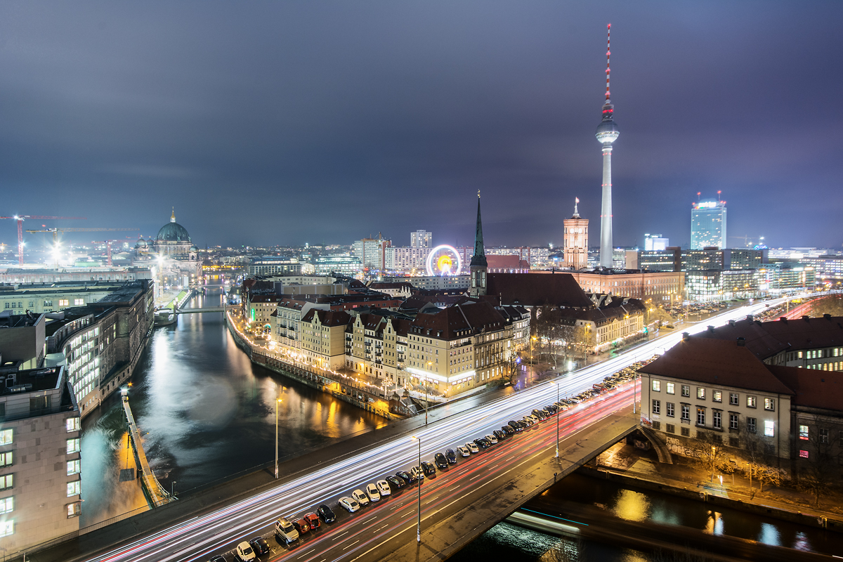 Berlin Fischerinsel bei Nacht
