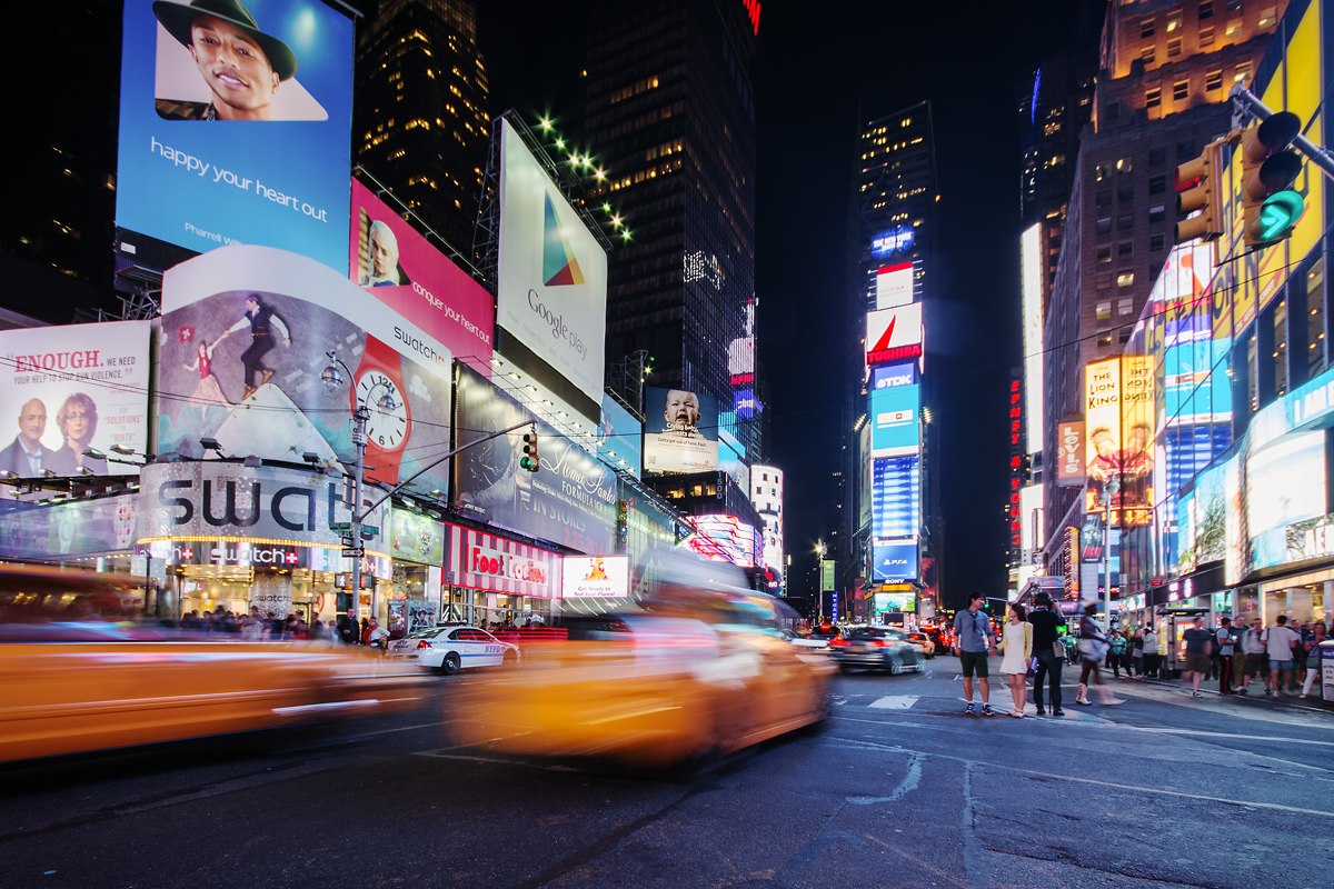Times Square am Abend - Taxi