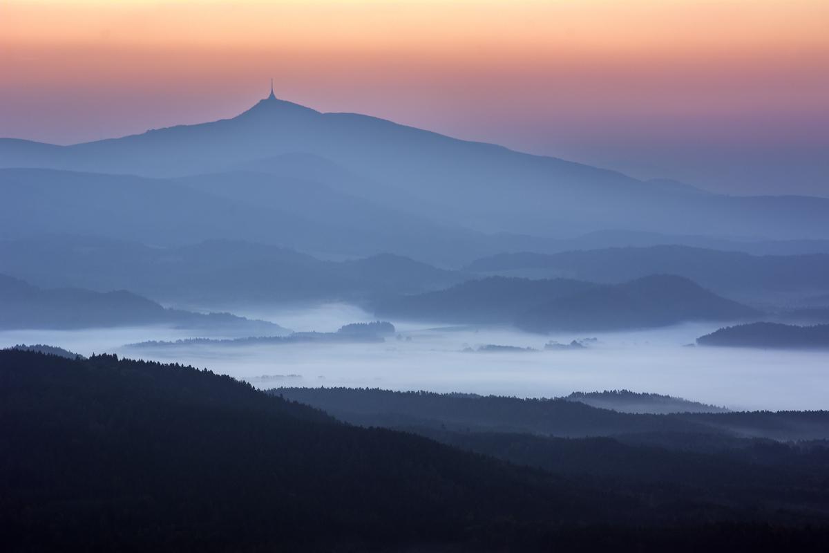 Jeschke im Nebel
