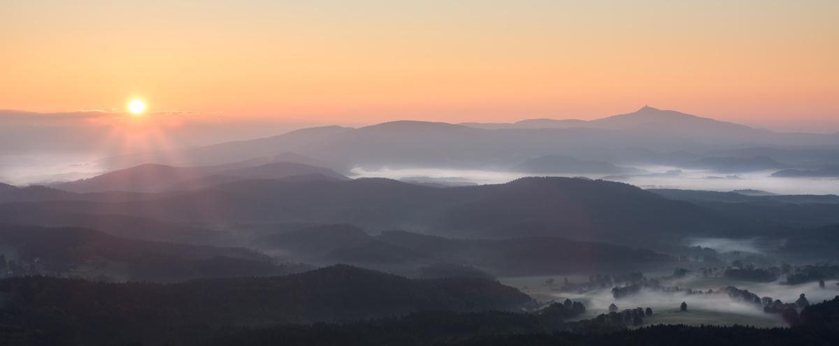 Panorama Sonnenaufgang - Zittauer Gebirge