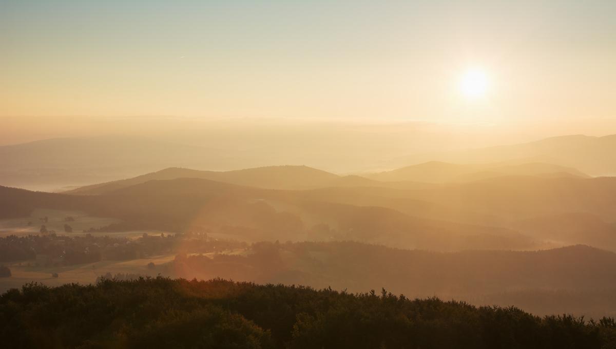 Strahlende Sonne am Morgen